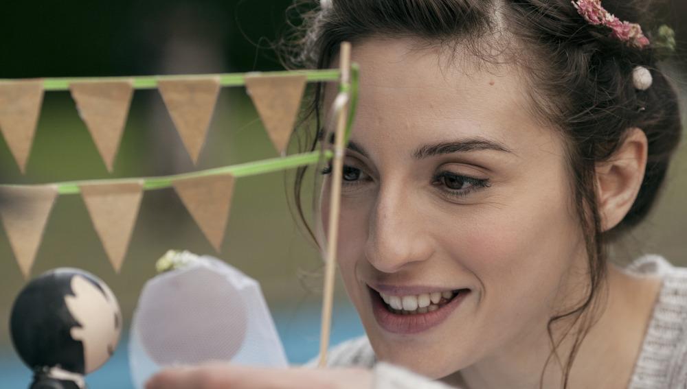 María Valverde interpreta a Eva, la novia de Dani Rovira