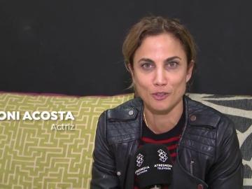 EXCLUSIVA: Nos colamos en la mesa italiana de 'Sol A Cántaros', lo nuevo de Dani de la Torre con Toni Acosta, Maggi Civantos y Leo Harlem