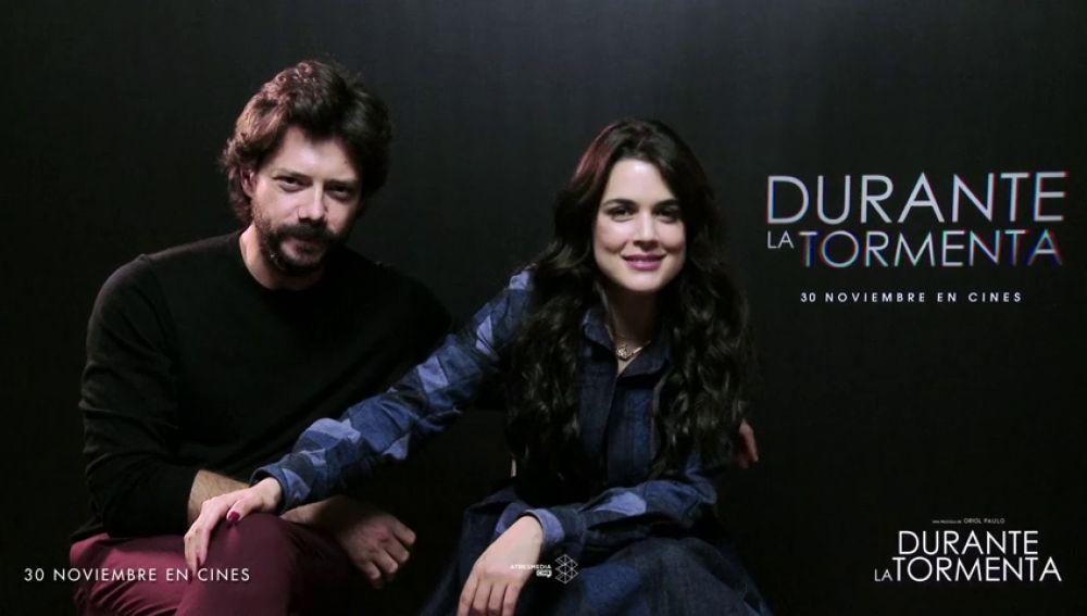 Adriana Ugarte y Álvaro Morte te invitan a vivir una experiencia en 8D con 'Durante la Tormenta'
