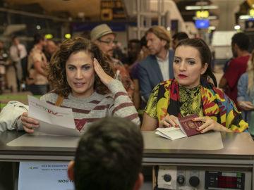 Silvia Abril y Toni Acosta