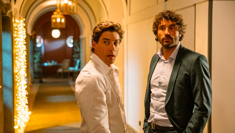 Adrián Lastra y Álex García en 'Hasta que la boda nos separe'